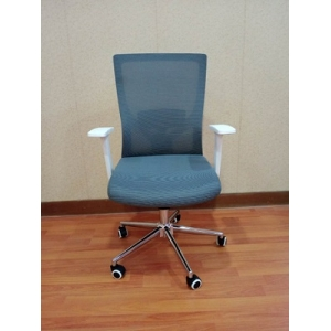 Newcity 1426B Modern Design Excellent Quality Mesh Chair China Manager Ergonomic Conference Staff Chair Luxury Executive Office Chair Supplier Foshan China