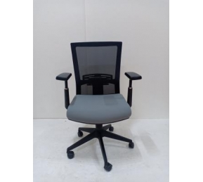 China Newcity 1513B-1 Economic Mesh Chair High Quality Customized Swivel Lift Mesh Chair Executive Mesh Chair Middle Back Mesh Chair Supply Foshan China factory